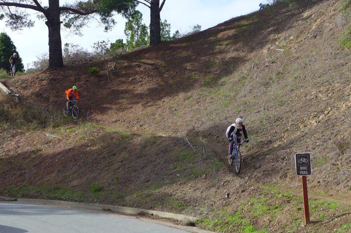 Jacquie descending that cutty trail (Image by David Estes).